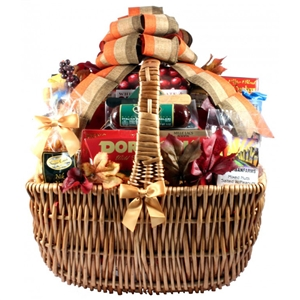A Cut Above Extra Large Cheese and Sausage Gift Basket