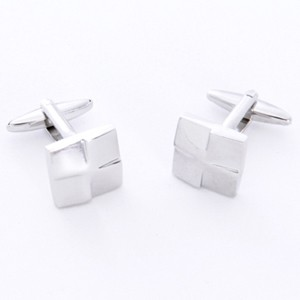 Silver Squares Cufflinks with Personalized Gift Box - Cufflinks to match personalities packed in an elegant personalized chrome box