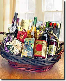 Only the best is included in this basket. - Wine Aficionado's Choice - 3 Bottles of Wine and Gourmet Collection