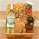 Kosher Certified Gift Box with Noah Estate Riesling combined with tasty snacks.