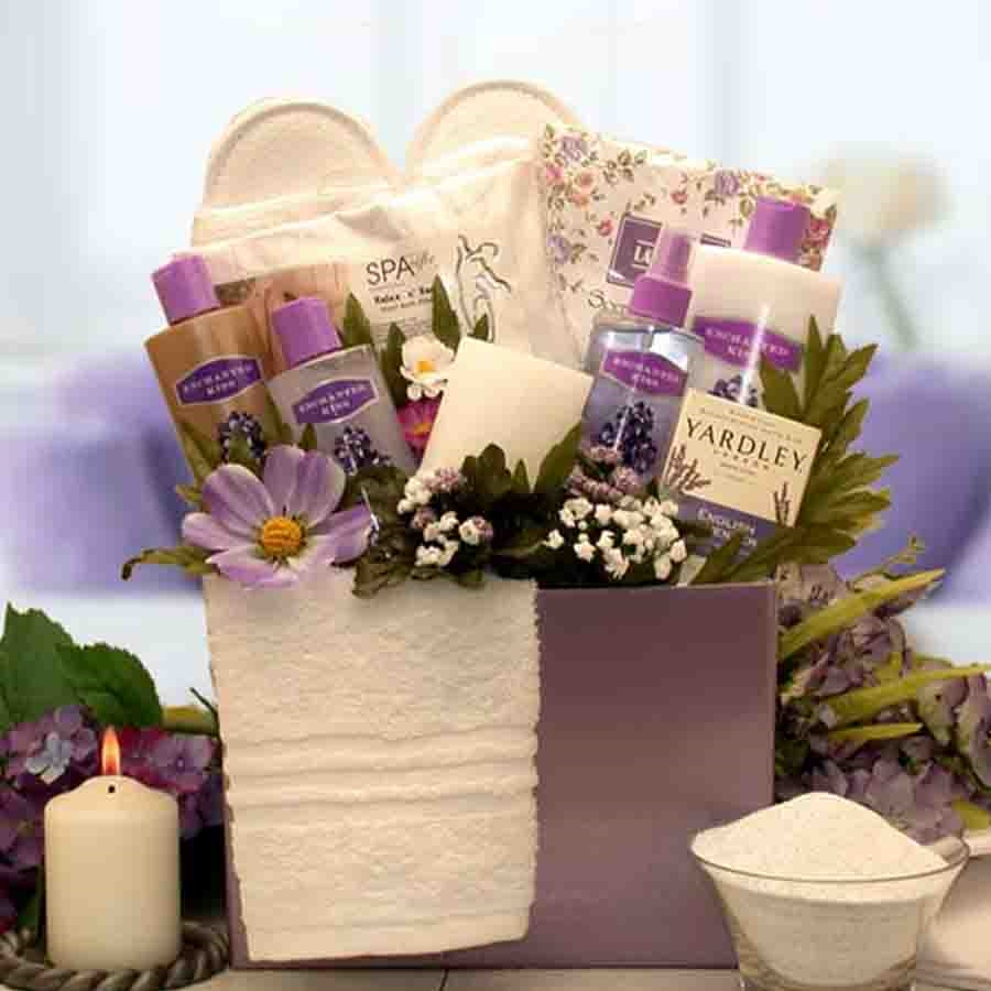 Filled with an abundance of lavish lavender spa treatments. This beautiful spa treatment set is assembled in a sweet little reusable gift box with lavender flora woven throughout. Filled with an abundance of lavish lavender spa treatments and finished wit #gift