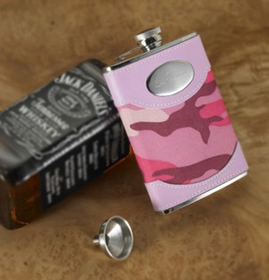 Pink Camouflage Flask 8 oz - Personalized - Women can play too! Now she can carry her very own feminine camo flask.