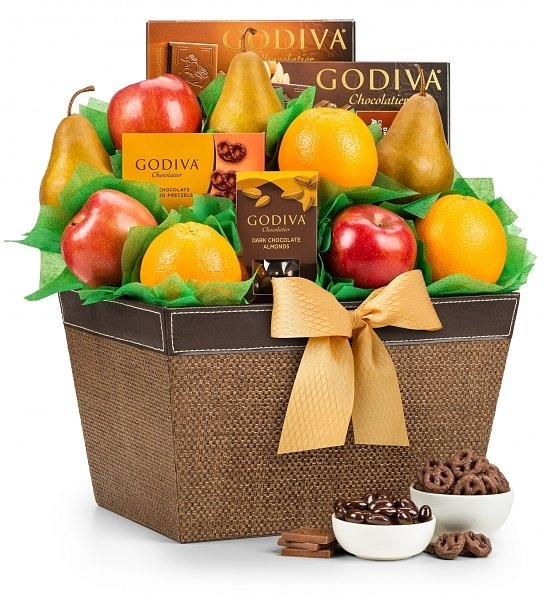 Delight them with the sweet gift of fresh fruit and decadent chocolate! Our Godiva Chocolate and Fruit Delight Gift Basket combines rich and decadent chocolates with the deliciousness of mouth watering seasonal fruits to create the perfectly handsome duo #gift