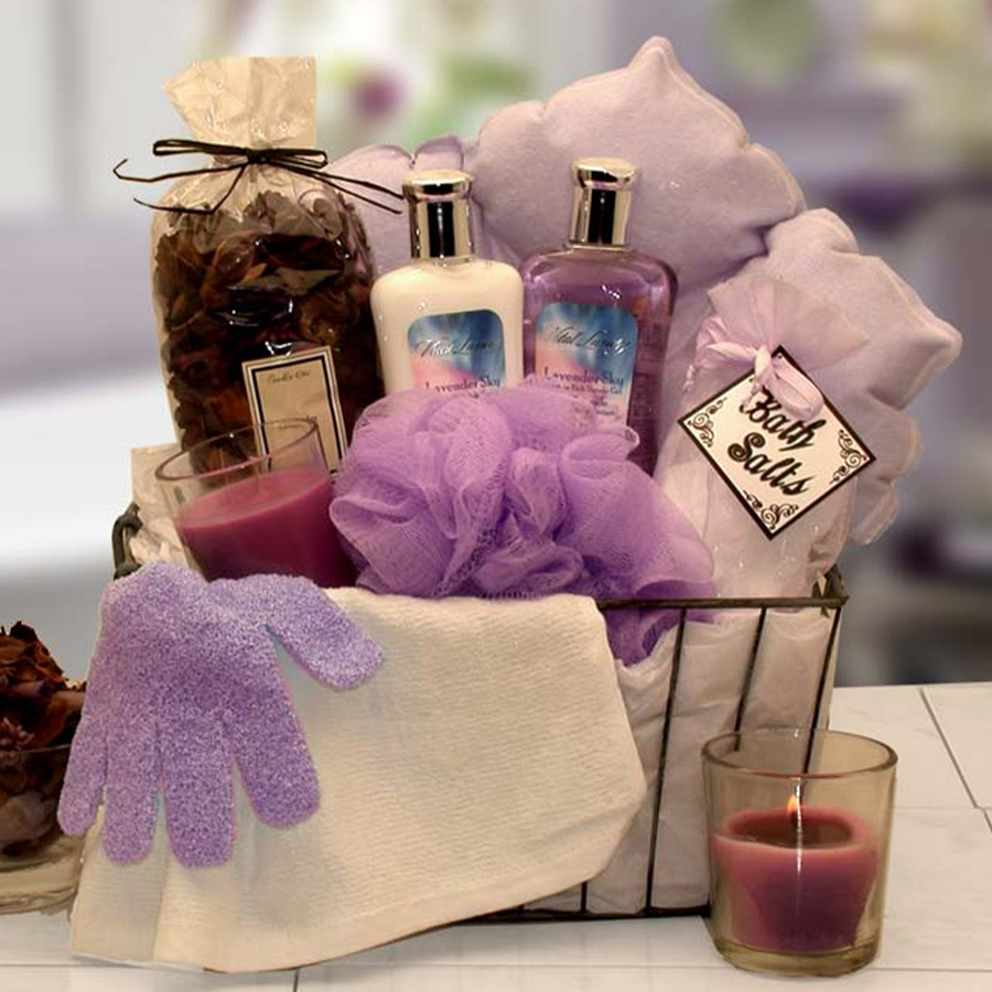 Give the gift of relaxation when you send the Relaxation Bath and Spa gift basket. She'll love luxuriating in the moisturizing lotions, bath oil beads in her candle-lit bath. This wire-handled bath caddy bring the scent of lavender to your special lady. S #gift