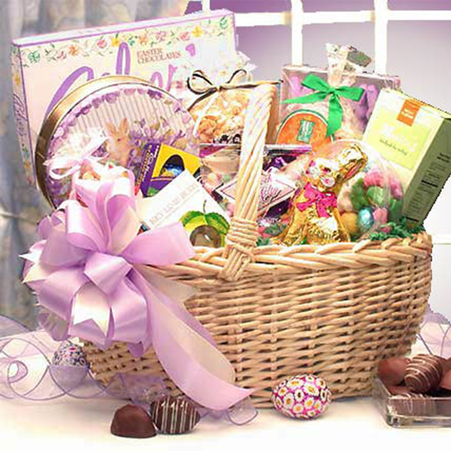 Deluxe Family Candy Easter Gift Basket