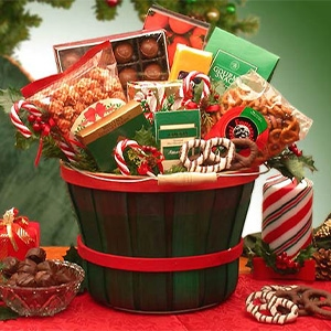 Holiday Traditions Snack Gift Basket